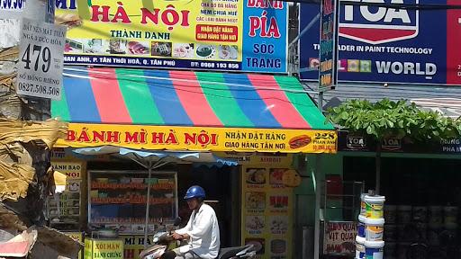 Mái hiên cửa hàng thực phẩm