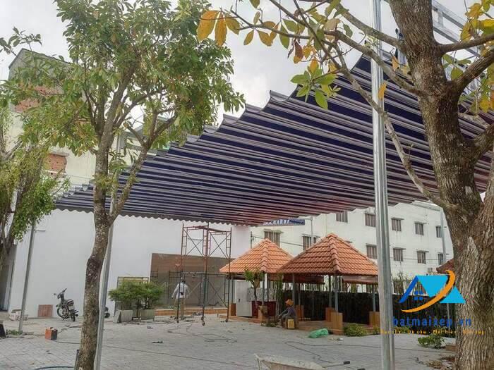 Mái xếp di động quán ăn ngoài trời